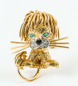 broche lion or VCA