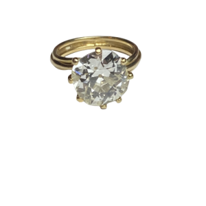 Bague solitaire 4,57 carats taille ancienne